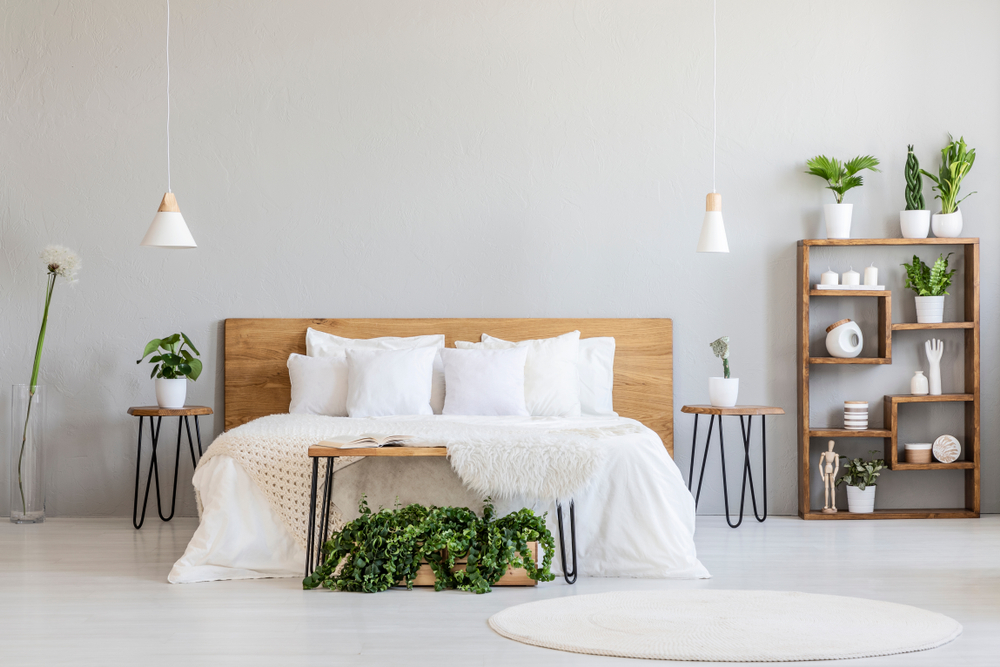 Top tips on how to stop a wooden bed from squeaking